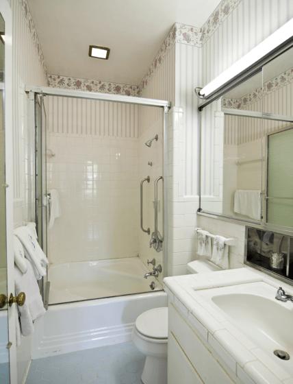 bathroom-428x560